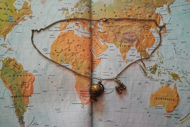 idee-regalo-per-una-viaggiatrice-collana