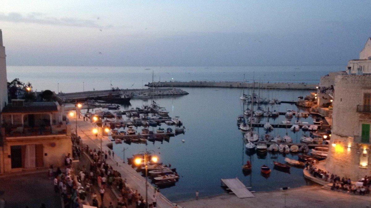 Giovinazzo fra storia e mare: la Puglia che ci piace.