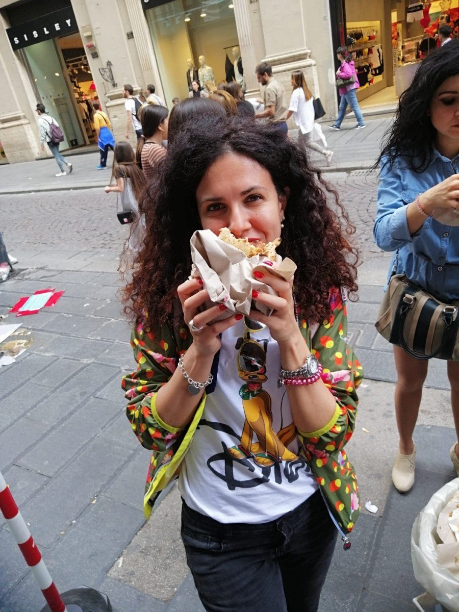 Viaggiatrice da grande Napoli velata location film