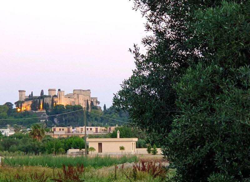 Visitare Oria città illustre: il castello