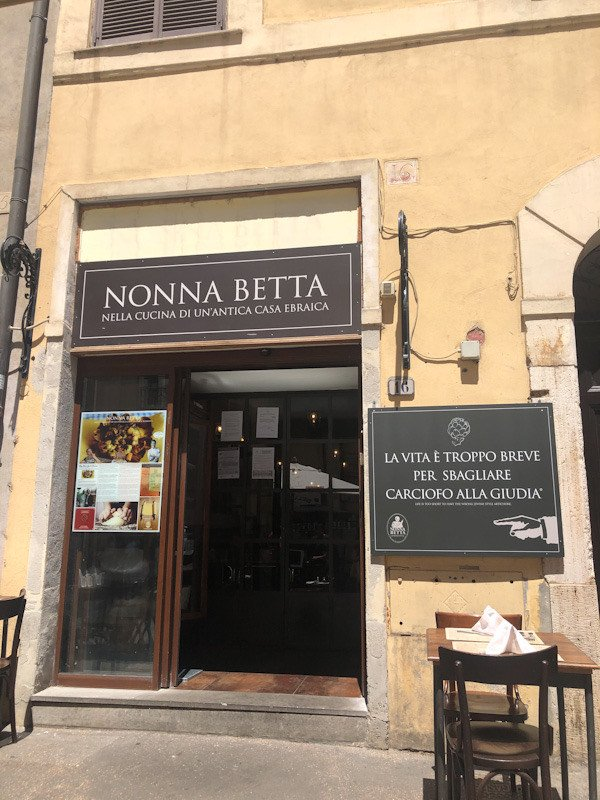 Travel blogger Italiane ghetto: nonna betta